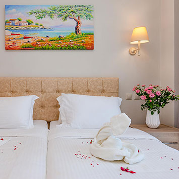 Apartments in Roda Corfu | Robolla Beach Aparthotel Roda Corfu