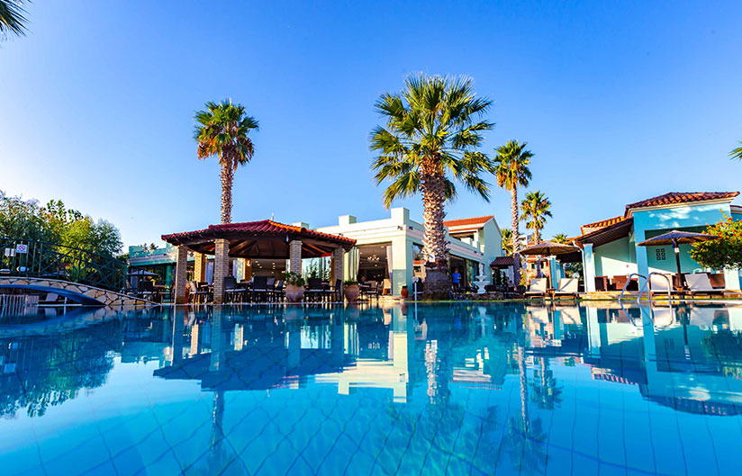 Main Bar | Robolla Hotel Roda Corfu